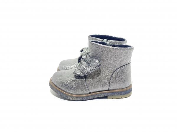 Ботинки для девочек Банты серебряные