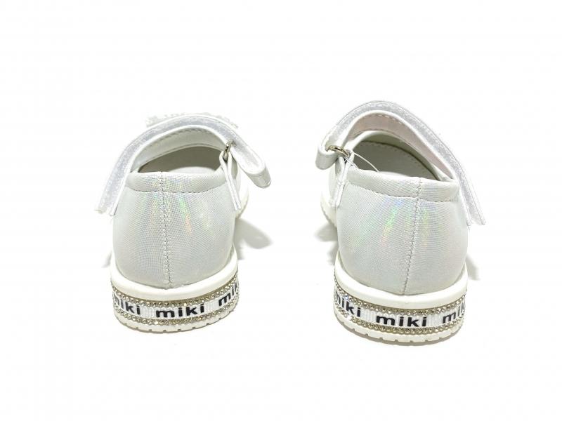 Туфли для девочек Miki белые