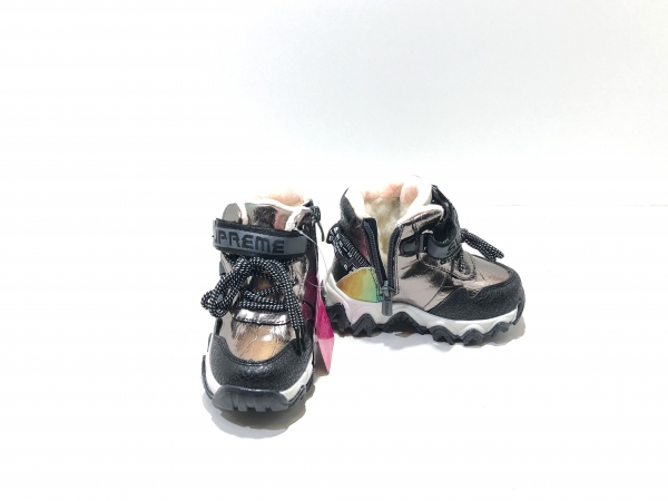Зимние утепленные девичьи кроссовки Supreme (черный)