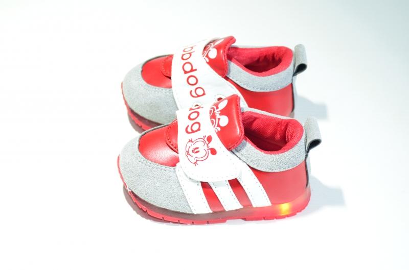 Кроссовки весенние для девочек БиБиДоги со светодиодами
