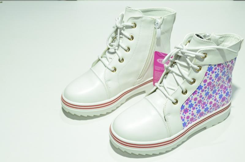 Ботинки для девочек Весеннее настроение