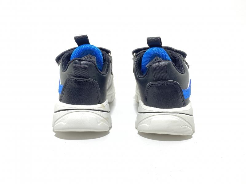 Детские кроссовки черные