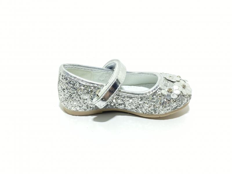 Туфли для девочек серебро цветы